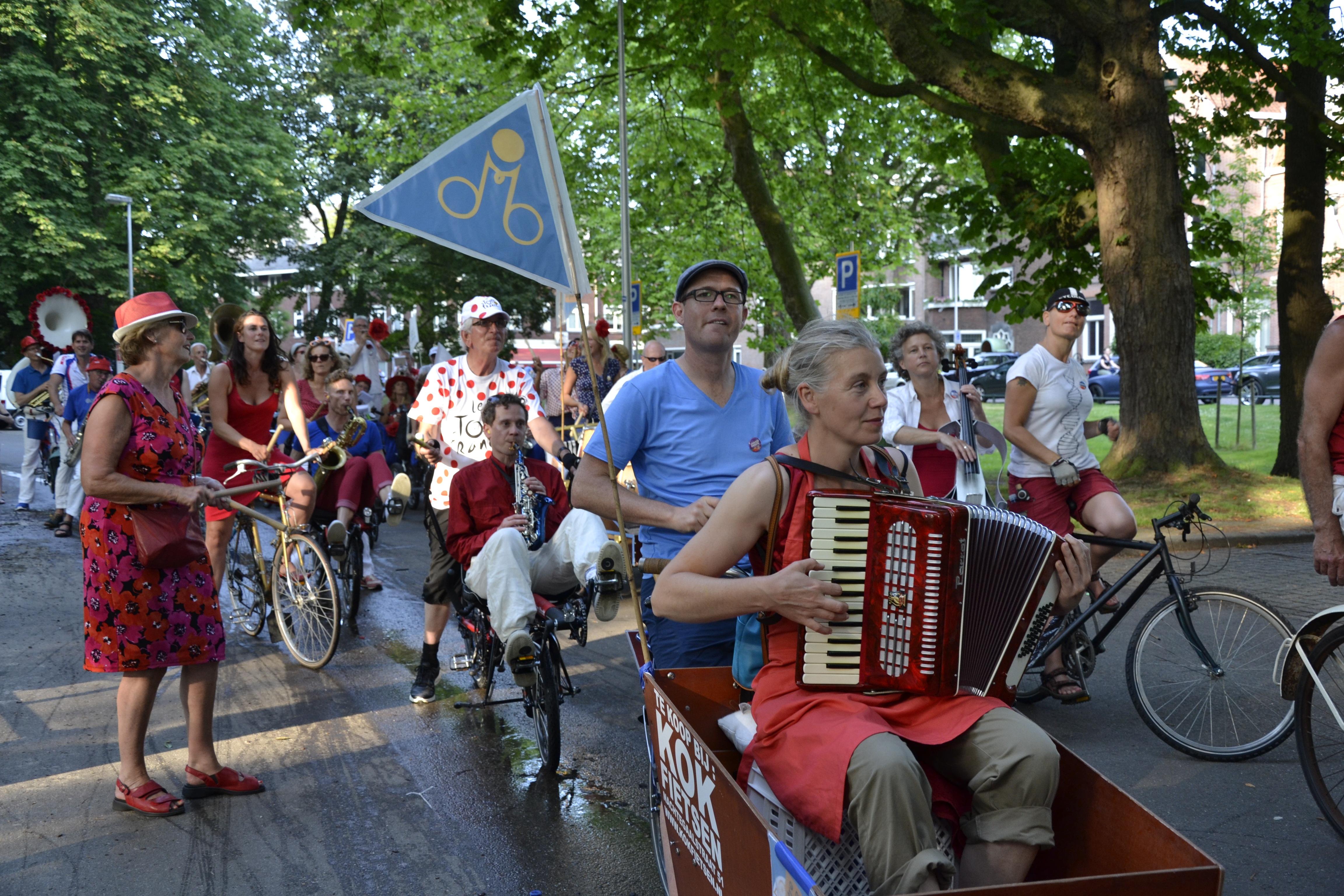 Orchestre Bicyclette 4